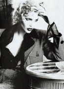 90's top model-Karen Mulder